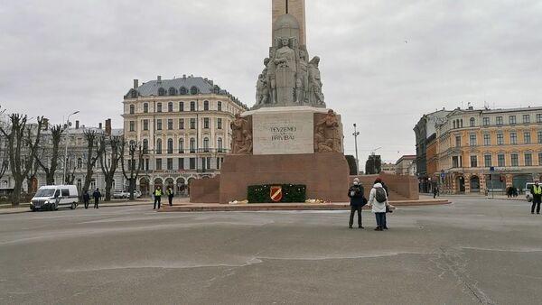 Что коронавирус сделал с шествием легионеров СС в Риге - Sputnik Латвия