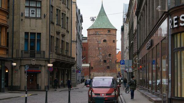 Пороховая башня и улица Вальню в Риге - Sputnik Латвия