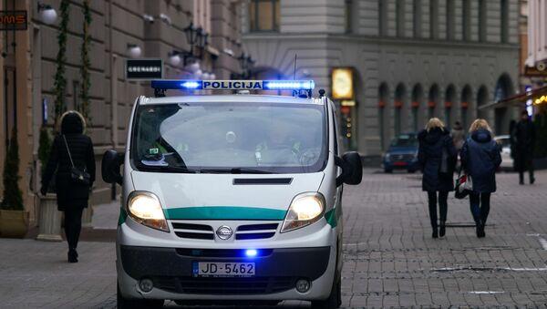 Автомобиль Полиции самоуправления в Старой Риге - Sputnik Латвия