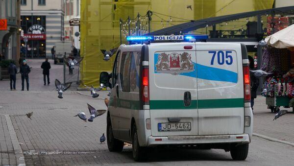 Автомобиль Полиции самоуправления в Старой Риге - Sputnik Latvija