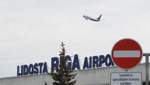 Самолет авиакомпании Ryanair взлетает из аэропорта Рига - Sputnik Latvija