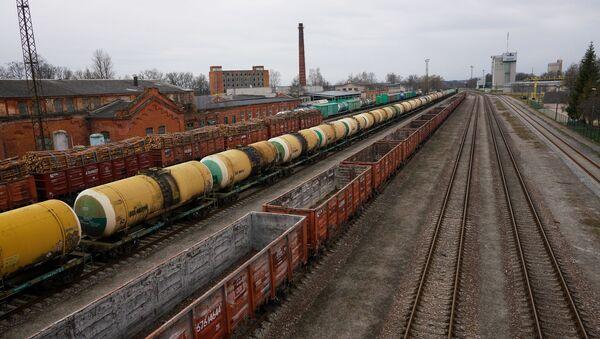 Грузовые составы на станции Валга - Sputnik Latvija