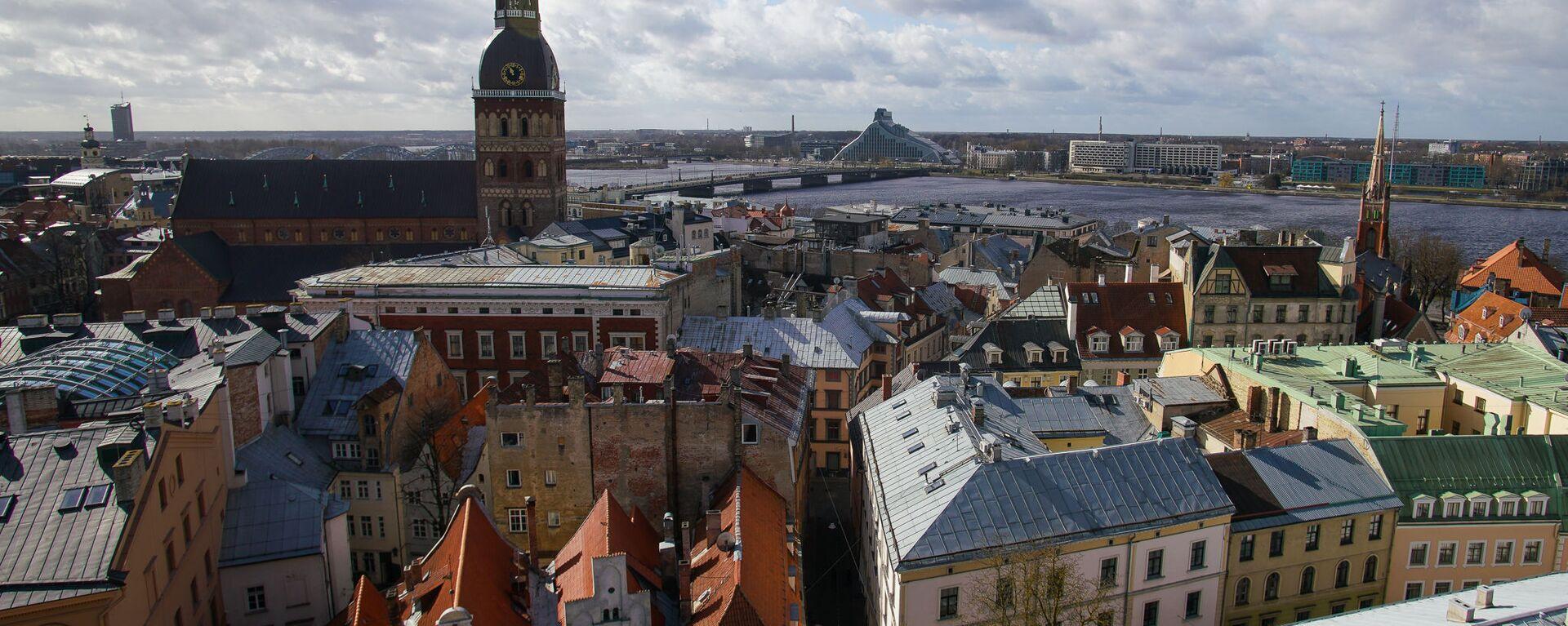 В Риге демонтировали петушка с церкви Св.Иакова, чтобы отреставрировать и заменить позолоту - Sputnik Latvija, 1920, 30.07.2021