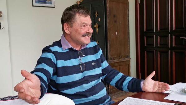 Пенсионерки на консервах и бизнесмен с ершиком: как умирает последний рыбозавод в Лиепае - Sputnik Латвия