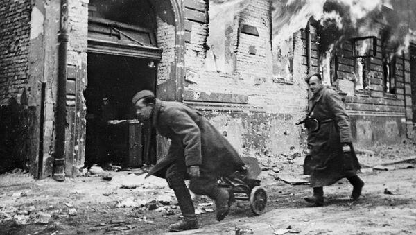 Советские войска в Берлине, 1945 год - Sputnik Латвия