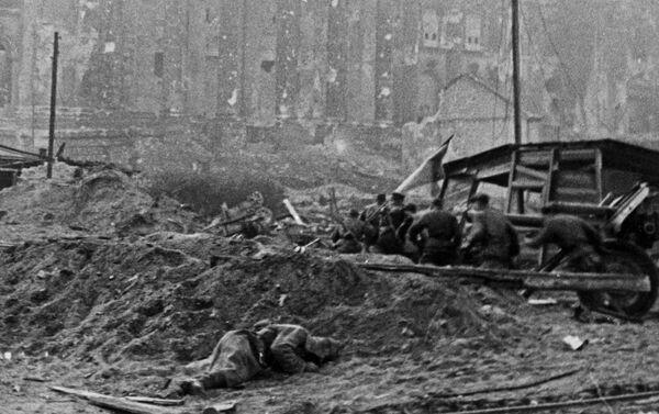 Cīņa par Reihstāgu Berlīnē - Sputnik Latvija