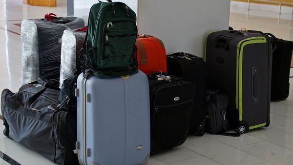 Чемоданы и сумки туристов, архивное фото - Sputnik Латвия
