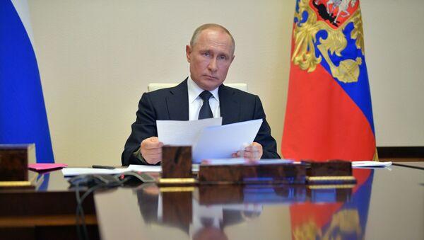 Обращение Путина: ситуация с COVID в России и новые меры поддержки - Sputnik Латвия