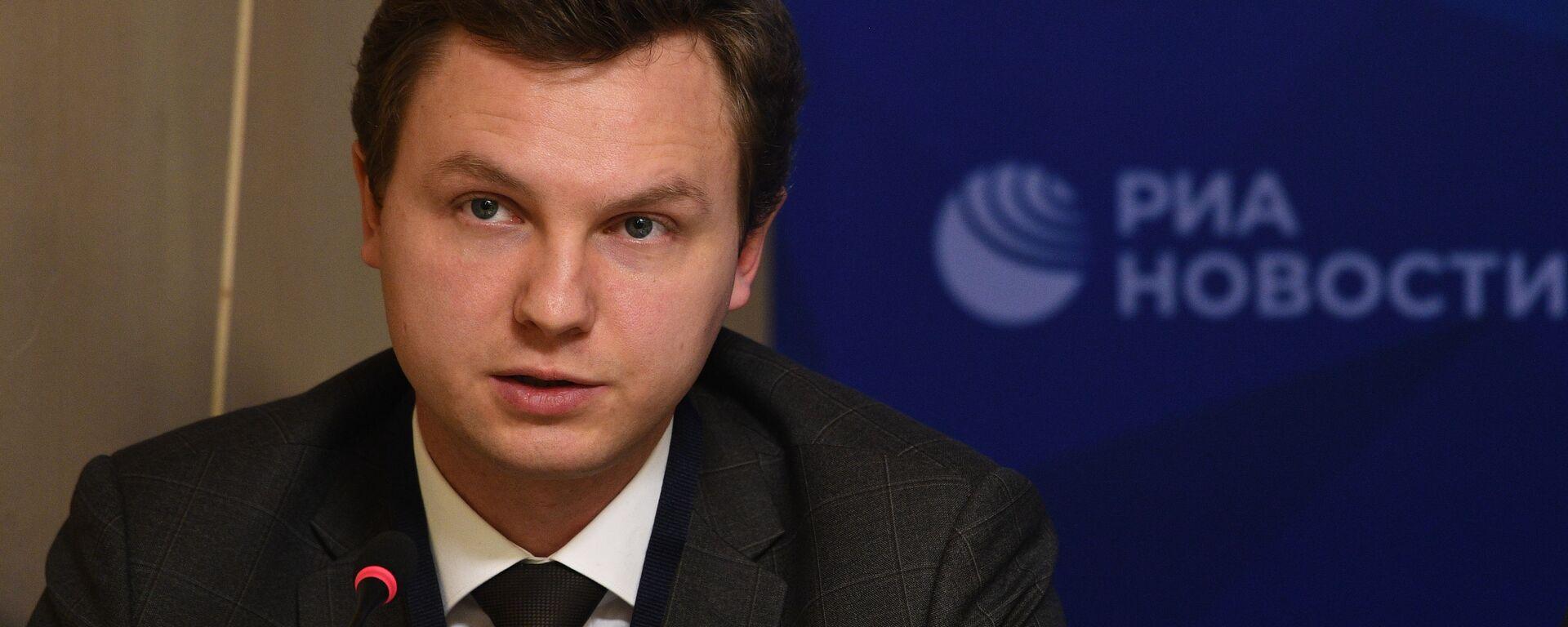 Ведущий аналитик Фонда национальной энергетической безопасности Игорь Юшков - Sputnik Латвия, 1920, 02.04.2021
