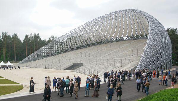На Большой эстраде в Межапарке закончился второй этап строительства - Sputnik Латвия