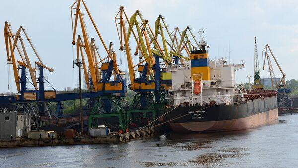 Корабли в порту - Sputnik Латвия
