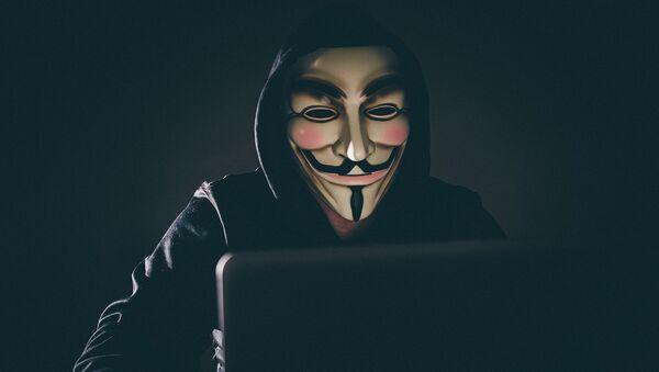 Хакер за компьютером - Sputnik Латвия