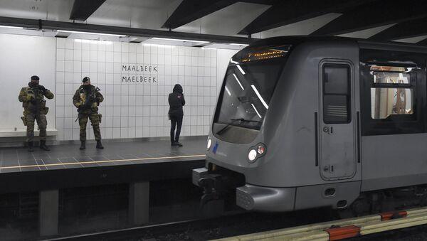 Станция брюссельского метрополитена Мальбек 25 апреля 2016 - Sputnik Латвия