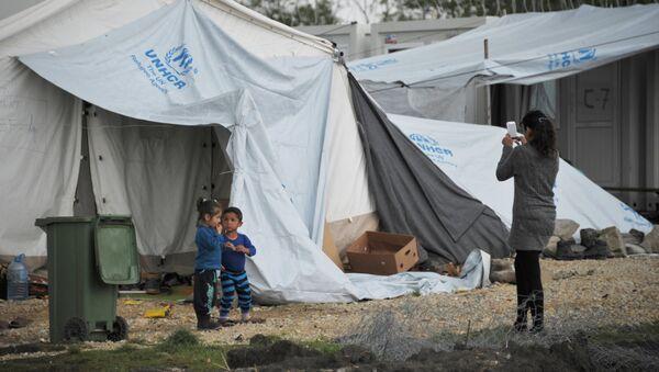 Лагерь беженцев в Македонии. - Sputnik Латвия