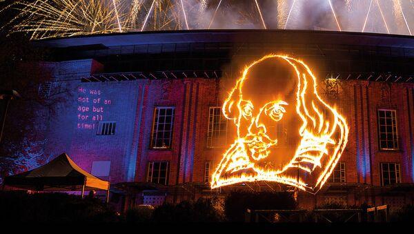 Shakespeare Live! Шоу, приуроченное к 400-летней годовщине со дня смерти Уильяма Шекспира - Sputnik Латвия