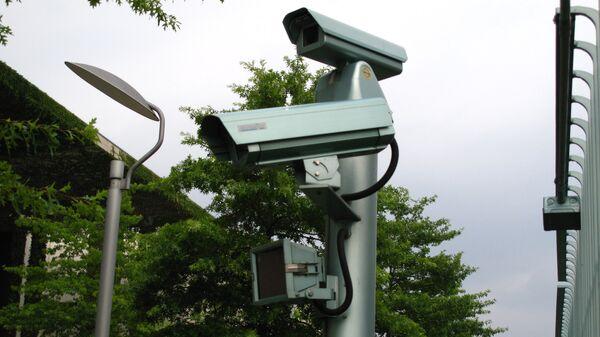 Камеры наружного наблюдения - Sputnik Латвия