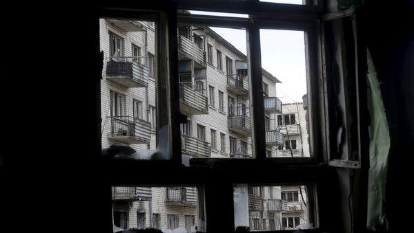Заброшенный жилой дом в Скрунде - Sputnik Латвия