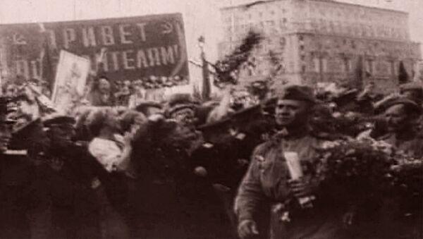 Ilgotā Uzvaras diena. 1945. gada 9. maija video - Sputnik Latvija