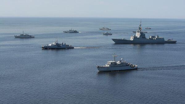 Корабли НАТО в Балтийском море во время учений - Sputnik Latvija