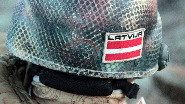 Латвийский солдат - Sputnik Латвия