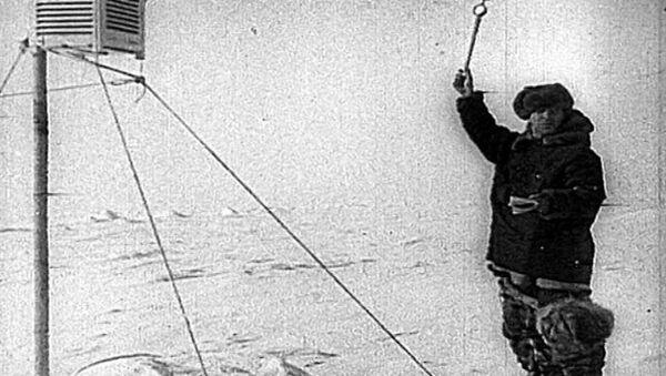 Папанинцы покоряют Северный полюс. Съемки 1937-1938 годов - Sputnik Латвия