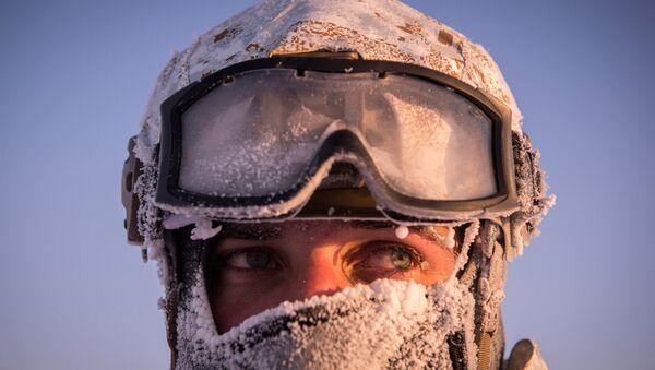 Учения спецназа Чеченской Республики в районе Северного полюса - Sputnik Latvija