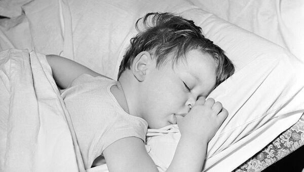 Спящий ребёнок - Sputnik Латвия