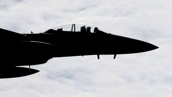 Истребитель F-15 Eagle на военной авиабазе в Лиелварде - Sputnik Latvija