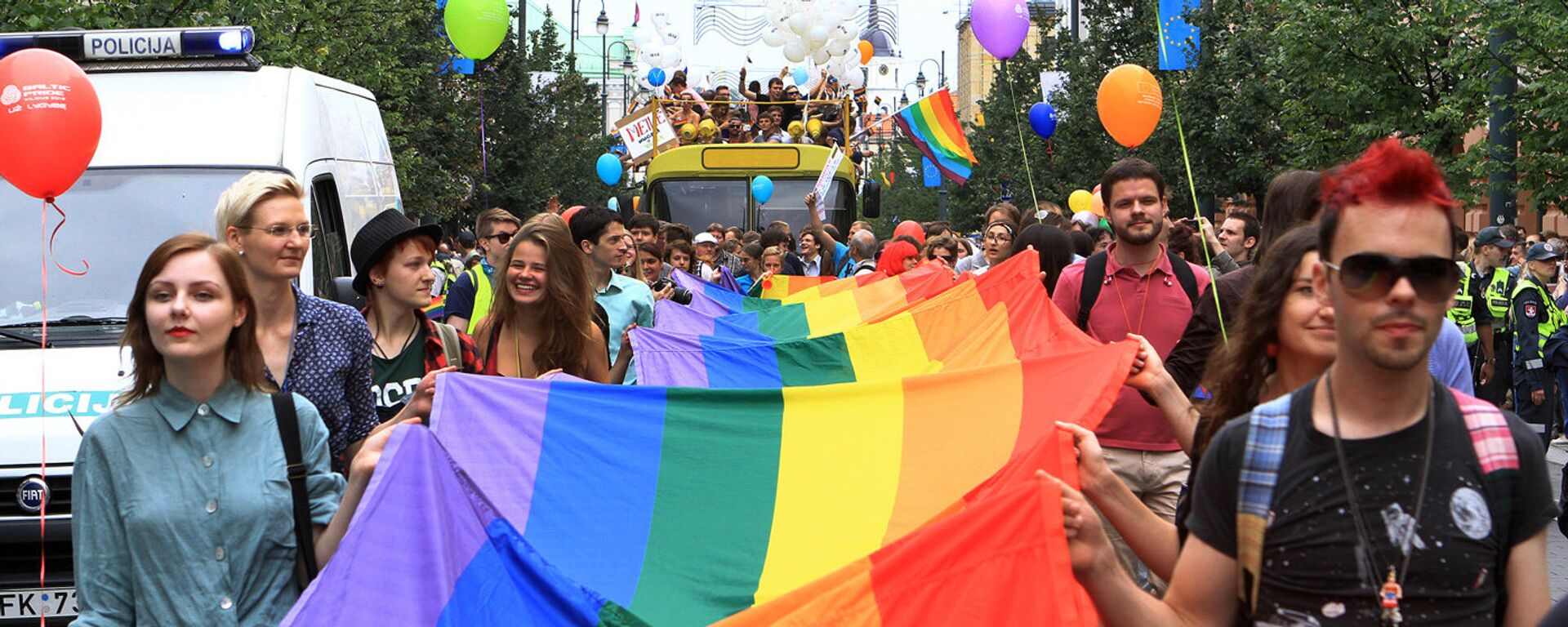 Во время участия в Baltic Pride 2013 в июле 2013 года, Вильнюс - Sputnik Latvija, 1920, 28.10.2020