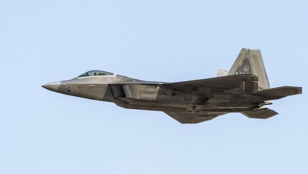 ASV GKS iznīcinātājs F-22 - Sputnik Latvija