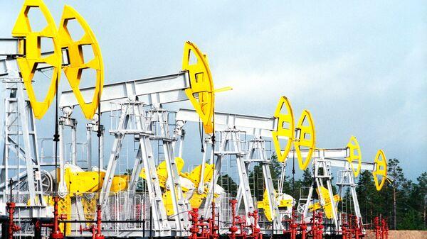 Нефтекачалки - Sputnik Latvija