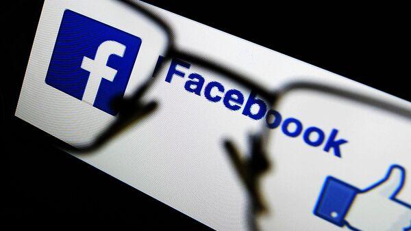 Социальная сеть Facebook - Sputnik Латвия