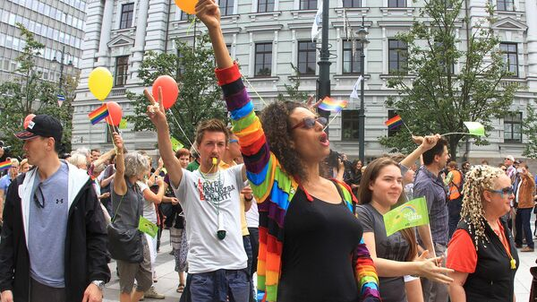 Участники Baltic Pride в Вильнюсе - Sputnik Латвия