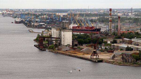 Погрузочный терминал Рижского свободного порта - Sputnik Латвия