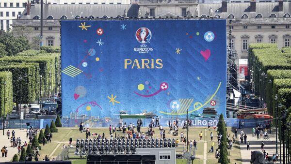 Подготовка к чемпионату Европы по футболу в Париже - Sputnik Латвия