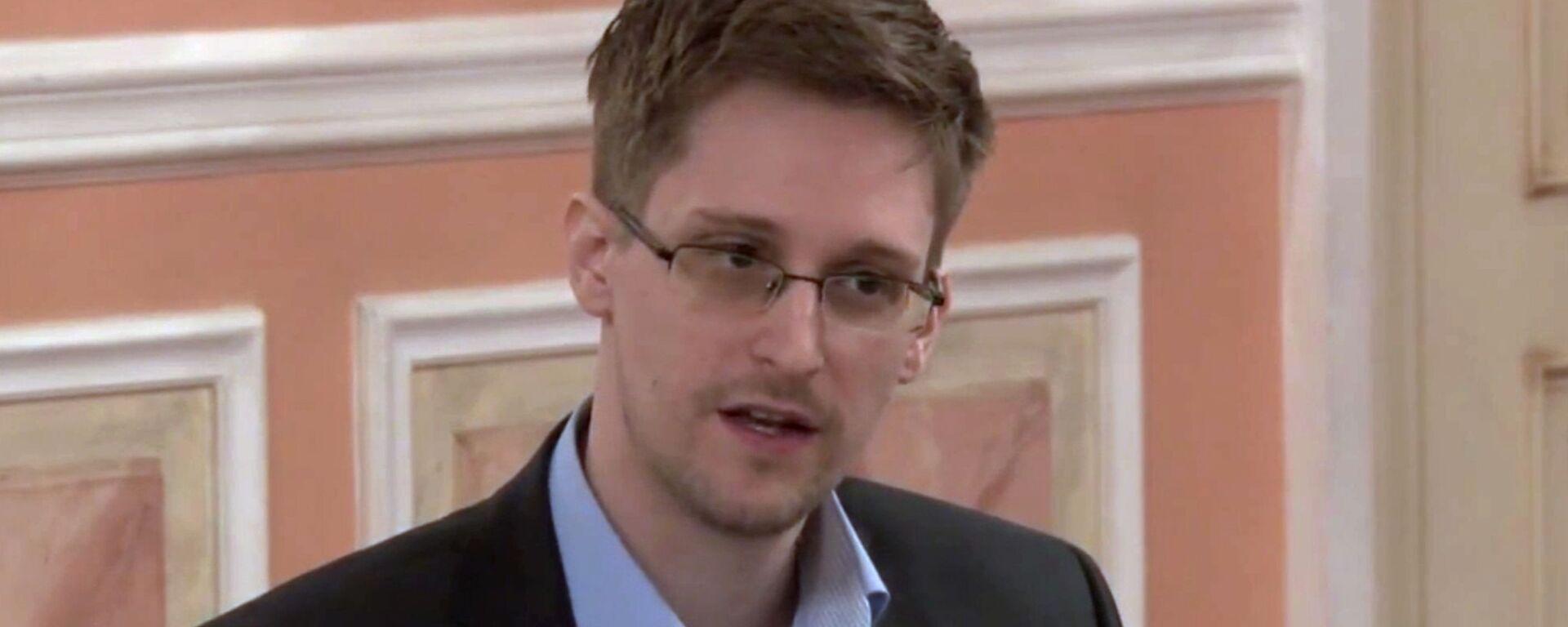 Эдвард Сноуден - Sputnik Латвия, 1920, 02.09.2021