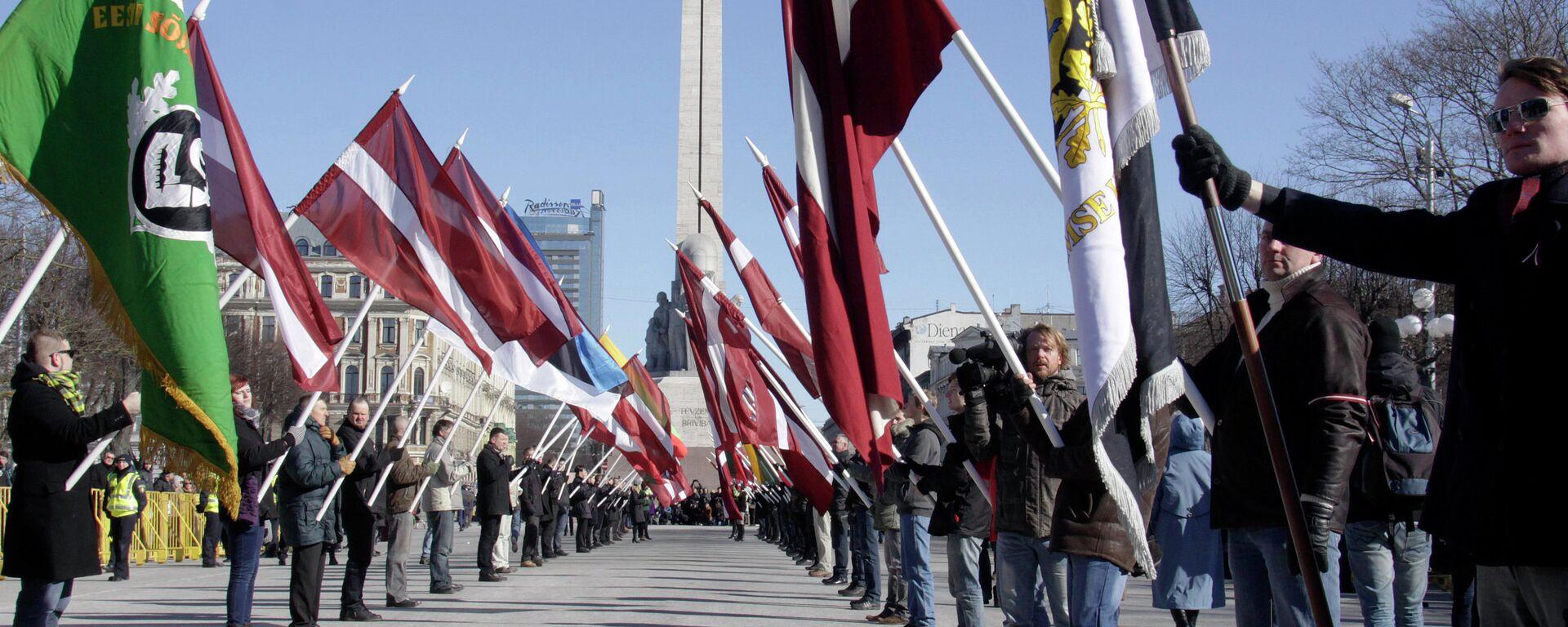 Марш ветеранов латышского легиона СС в Риге - Sputnik Латвия, 1920, 24.06.2021