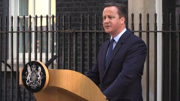 Lielbritānijas jaunais premjerministrs jāieceļ amatā līdz oktobrim - Sputnik Latvija