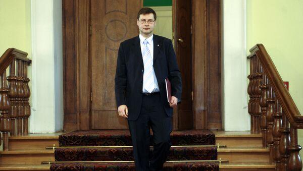 Eiropas Komisijas priekšsēdētāja vietnieks eiro un sociālā dialoga jautājumos Valdis Dombrovskis - Sputnik Latvija