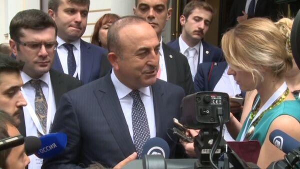 Turcijas ārlietu ministrs priecājas par attiecību normalizāciju ar Krieviju - Sputnik Latvija