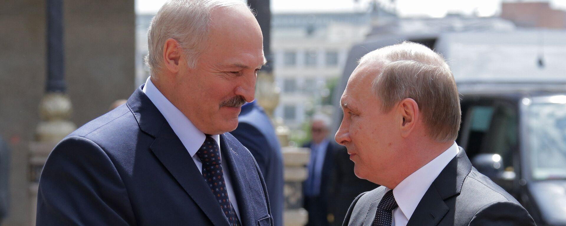 Президенты России и Беларуси Владимир Путин и Александр Лукашенко - Sputnik Latvija, 1920, 14.09.2021