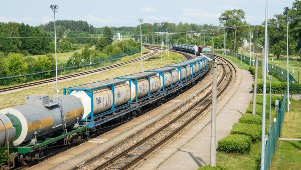 Зилупский железнодорожный пограничный пункт. Транзит грузов из России в Латвию - Sputnik Латвия