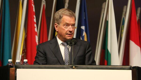 Президент Финляндии Саули Нийнистё - Sputnik Latvija
