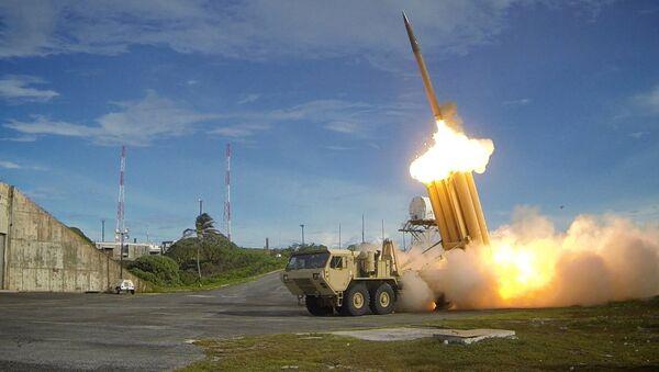 Высокотехнологичная противоракетная система THAAD, предназначенная для перехвата баллистических ракет  - Sputnik Latvija