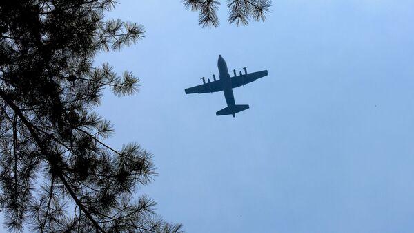 Самолет С-130 Hercules ВВС США - Sputnik Latvija