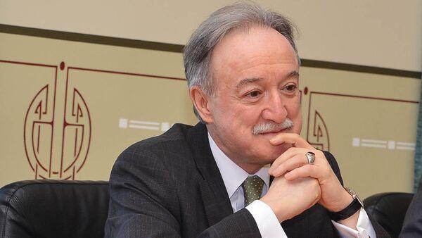 Посол Турции в Латвии Хайри Хайрет Ялав на встрече в Вентспилсе - Sputnik Latvija