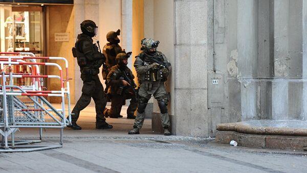 Полицейская спецоперация в Мюнхене 22 июля 2016 - Sputnik Латвия