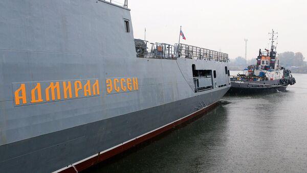 Сторожевой корабль Адмирал Эссен выходит в море на ходовые испытания. Архивное фото - Sputnik Латвия