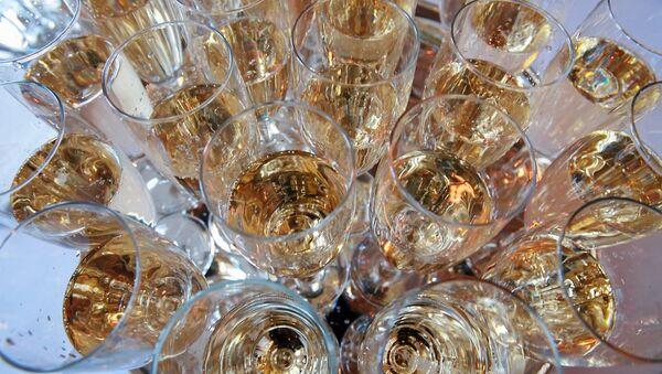 Шампанское - Sputnik Латвия