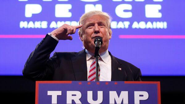Кандидат в президенты США Дональд Трамп - Sputnik Латвия